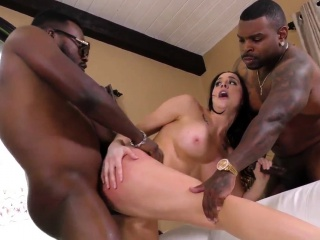 Busty ho banged by bbcs