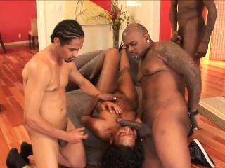 Hot ebony babe enjoys some BBCs