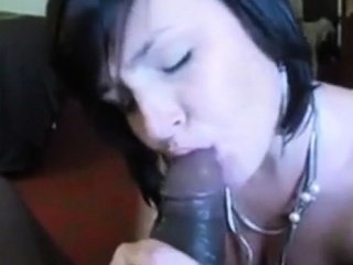 hot cougar blows a huge BBC